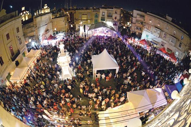 Vittoriosa's candle-lit celebration