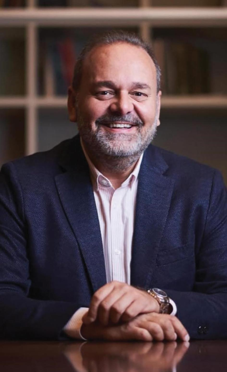 Christian Cardona, Insignia Group advisor