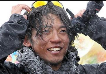 Everest claims two victims