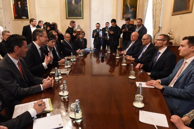 Suspend cash-for-passports scheme, business lobby tells PM