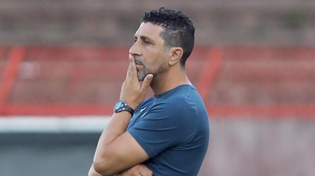 Paul Zammit has stepped down as Valletta coach.