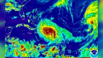 Hurricane Maria clobbers Puerto Rico, plunges island into darkness