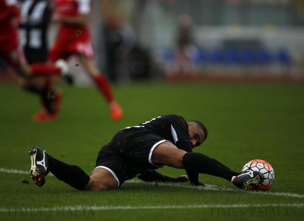 Hibernians' Jorginho stretches out for the ball during the Premier League football match against Balzan at the National Stadium in Ta'Qali on December 17. Photo: Darrin Zammit Lupi