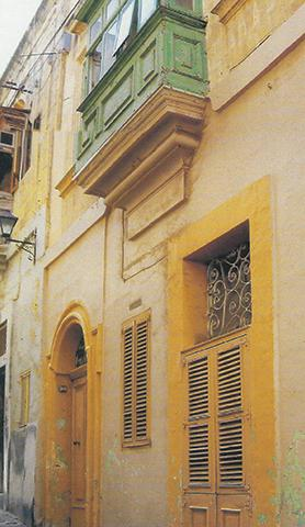 No. 96, Strada Buongiorno (today 102, Matty Grima Street), Cospicua, where the Brothers set up their first community and school in 1903.