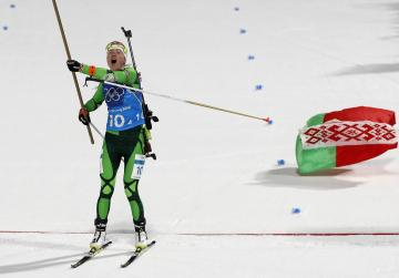 Domracheva claims relay gold for Belarus