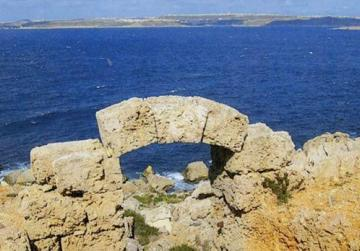 An ancient archway at remote Il-Qammiegħ, limits of Mellieħa. Photos courtesy of Romano Cassar
