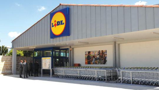 Lidl supermarkets in Sta Venera, Luqa and San Ġwann open their doors to the public this morning. Photo: Matthew Mirabelli.