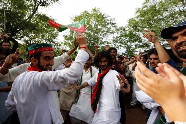 Image result for pakistan imran khan vote