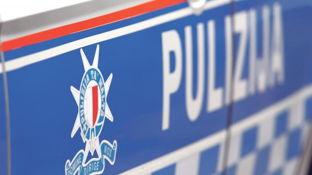 Two police inspectors, who left the force, were refused the allowance for outstanding leave.