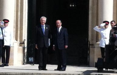 Dr Gonzi greets Italian Prime Minister Monti.