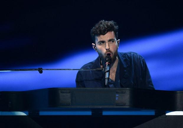 Duncan Laurence performs at the song contest. Photo: AFP