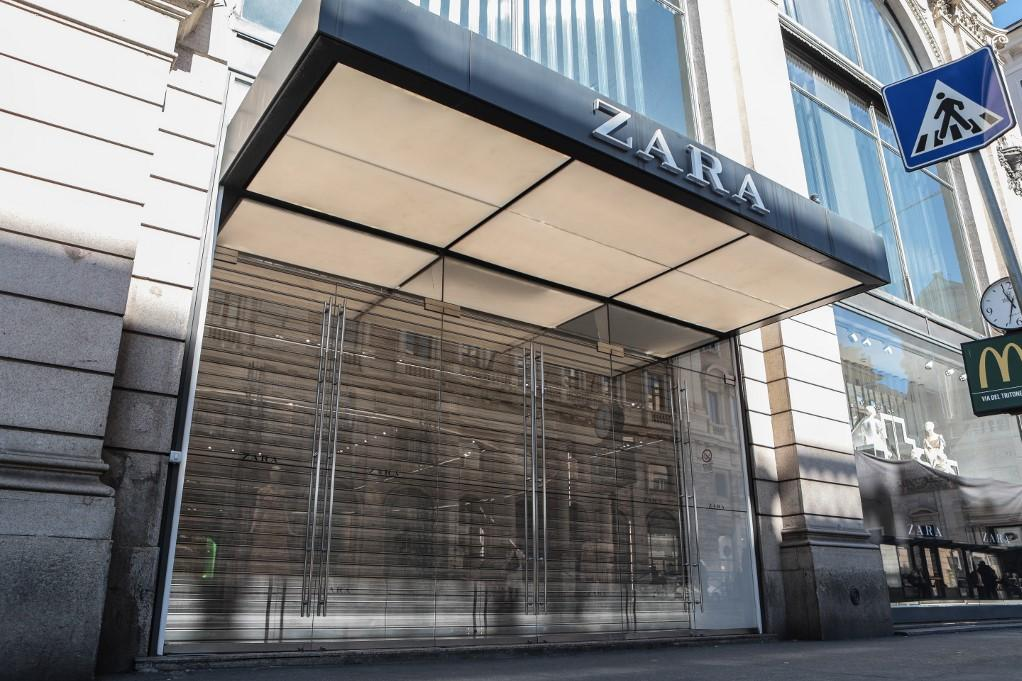 A Zara clothes store in Rome, closed on Wednesday. Photo: AFP