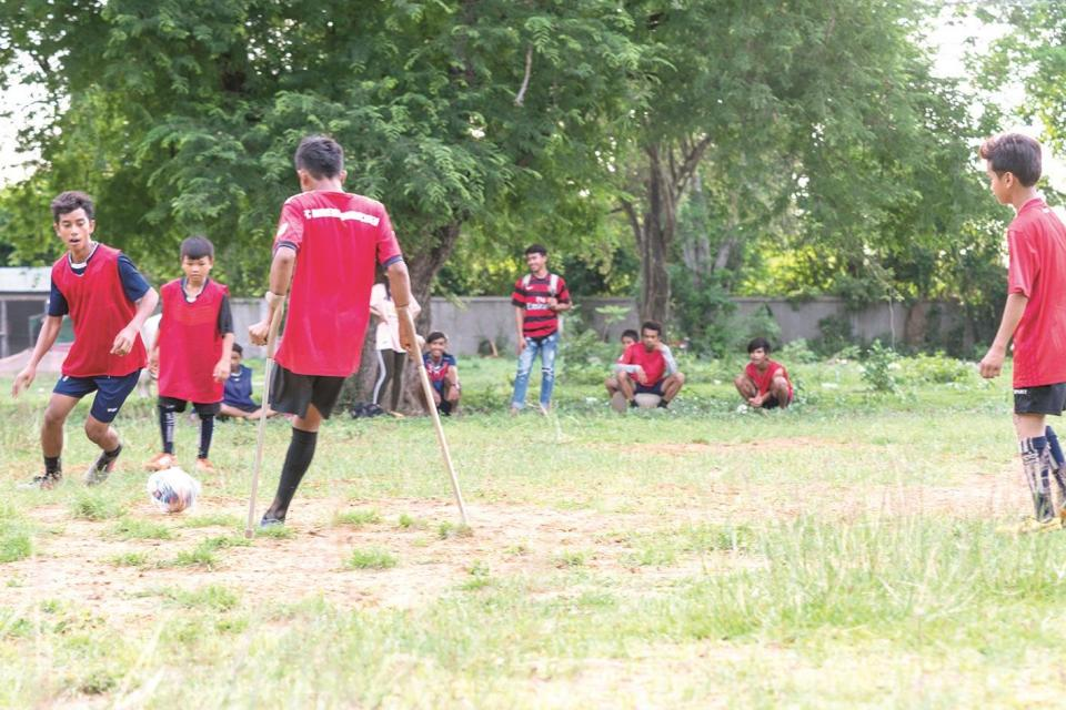Many children are annually involved in landmine accidents in Cambodia.