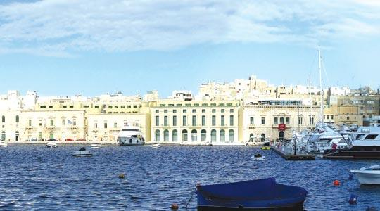 A new five-star hotel (centre in the computer montage above), sandwiched between the Casinó di Venezia and the palaces of the Captain Galleys and the Captain Galleys Squadron, should be completed within two to three years at a cost of €12 million (Lm5.15 million).