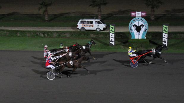 French Urgo d'Ouxy driven by Jeffrey Said (no.12) on its way to victory. Photo: Mike Orland