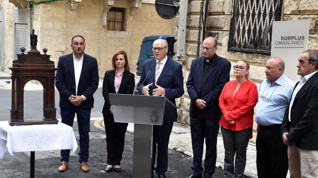 Finance minister Edward Scicluna announcing the government's support for the rebuilding of the historic St Publius arch. Photo: Jeremy Wonnacott/DOI.