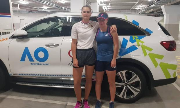 Marta Curtic (left) and Helene Pellicano reached the quarter-finals of the girls doubles at the Australian Open juniors.