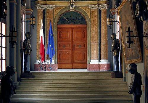 The main door of the chamber of Parliament.