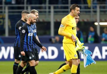 Inter knocked out after being held at home by PSV Eindhoven