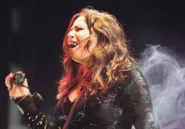 Francesca Alotta performing at the concert.