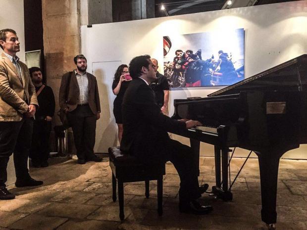 Malek Jandali performing at the #MOASxChange.