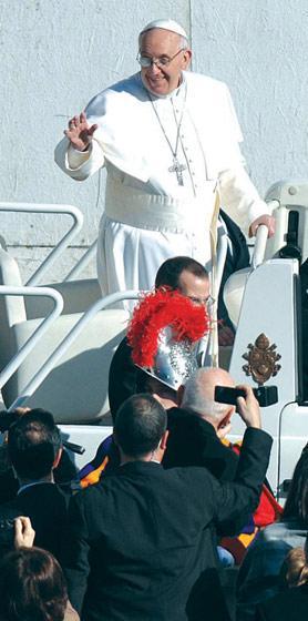 The Pope has written an open letter to the founder of La Repubblica newspaper, Eugenio Scalfari. Photo:Matthew Mirabelli