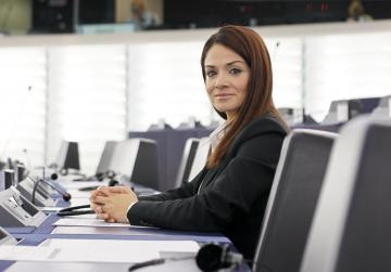 Dalli's plan to unlock €500m in migration funds approved by MEPs