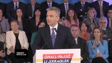 Schembri accused of passport sale kickbacks by Busuttil