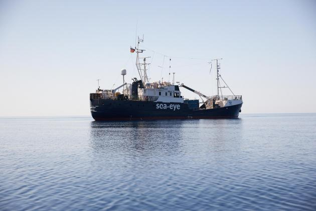 Sea-Eye turns to court over stranded migrants