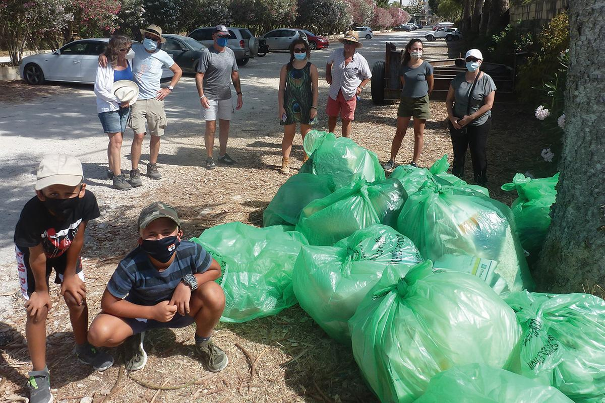 A Cast-Out litter-picking event in Marsalforn.