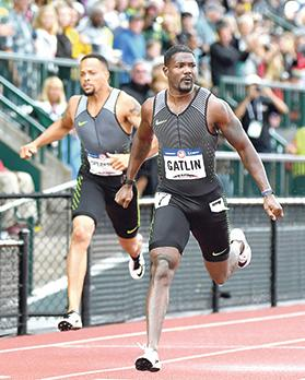 Justin Gatlin secured his place at the Rio Olympics after winning the 200m race in the US trials.