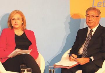 Corina Creţu and Karmenu Vella.