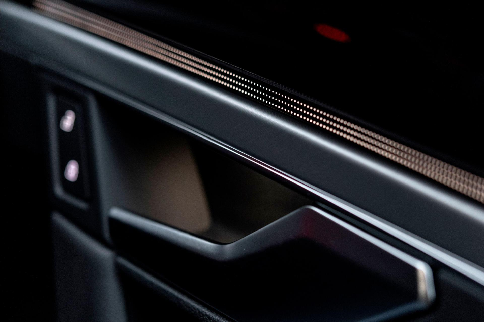 All of the Touareg's interior elements are finished to a high standard.