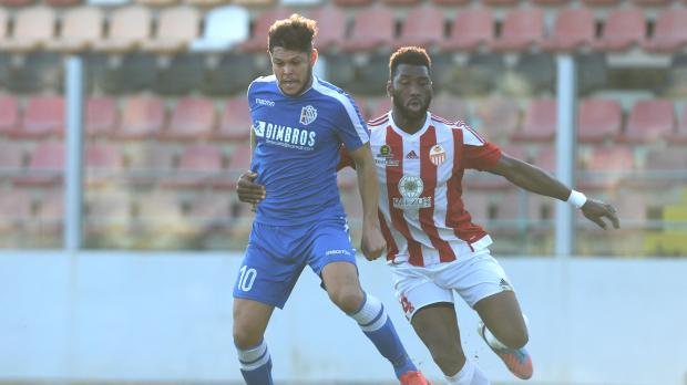 Mosta's Wendel moves past Ousmane Sidibe, of Lija Athletic. Photo: Matthew Mirabelli.