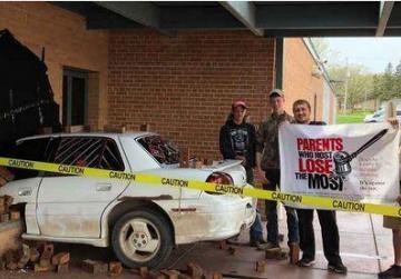 School prank wins praise after fooling police