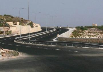 Centralisation of road works will save money - minister