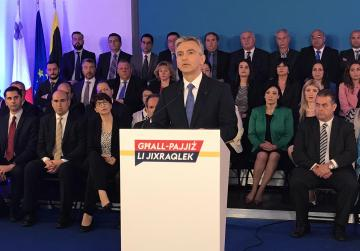 Keith Schembri denies receiving kickbacks from sale of passports, Busuttil says he should be arrested