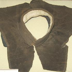 The original collar and rabat worn by De La Salle at the same museum.