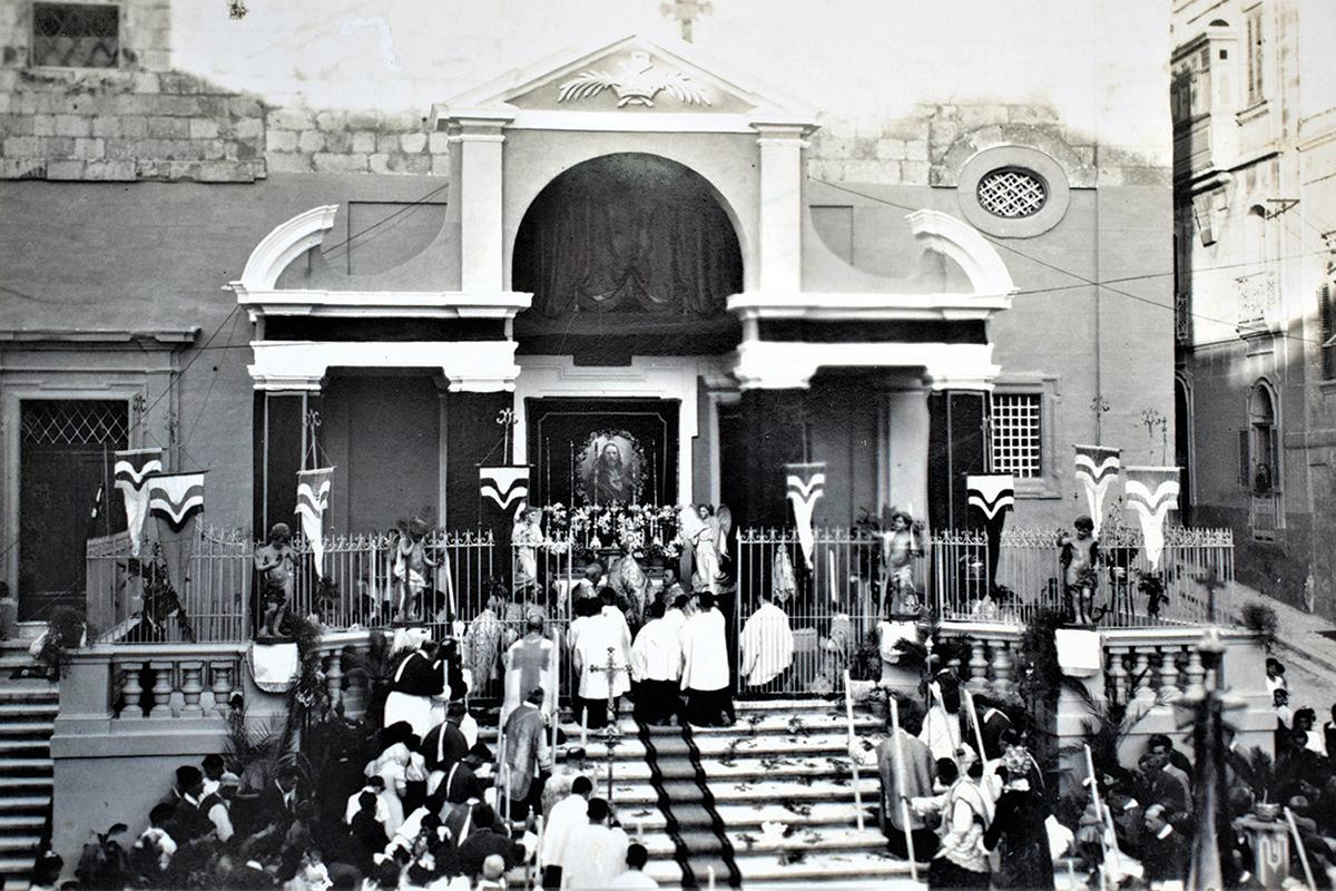 The church of Santa Margherita, Cospicua, during a religious ceremony in the 1920s.