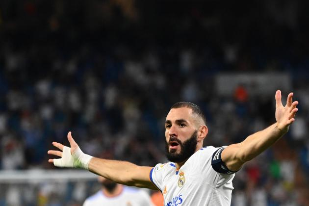 Benzema hat-trick gives Madrid winning return to Bernabeu