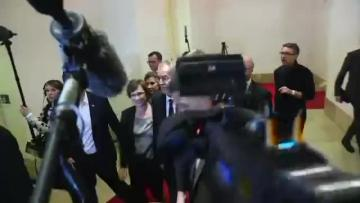 Austrian far-right presidential hopeful soundly defeated