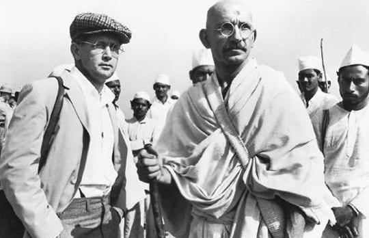 Sheen (left) as journalist Vince Walker in Gandhi, next to Ben Kingsley who played the title role.