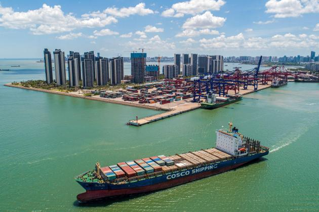 Chinese exports up 28% as imports hit decade-long high
