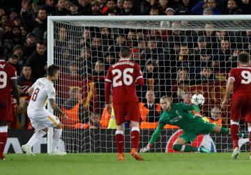 Salah shines again as Liverpool beat Roma 5-2