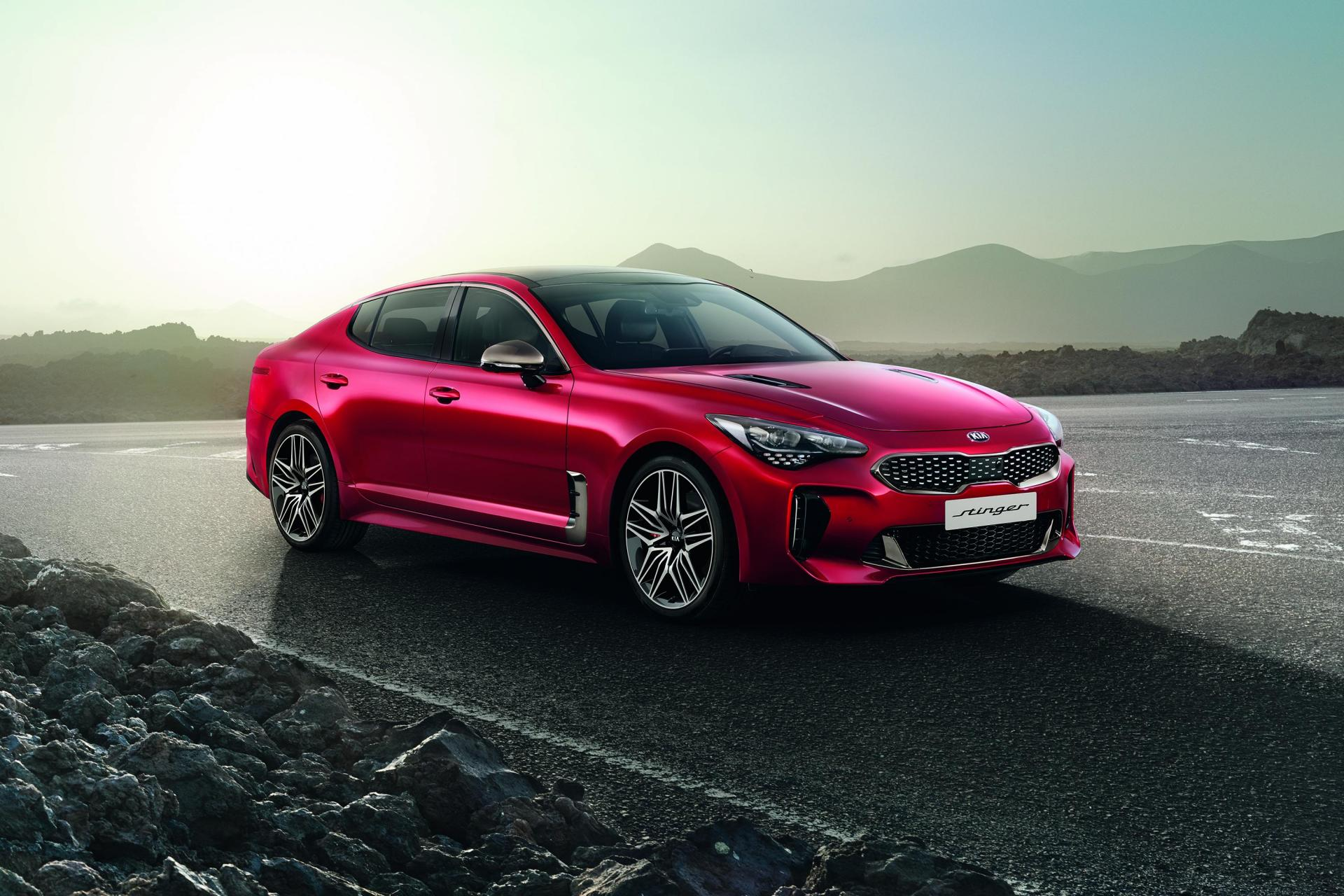 The updated Kia Stinger brings a series of new enhancements.
