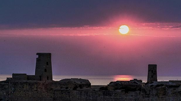 Sunrise over St Elmo. Photo: Ronald Falzon