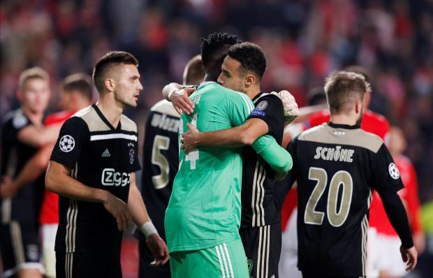 Ajax save a point in tough match against Benfica