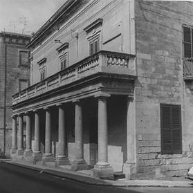 The Frères bought Villa Schinas, Sliema, and opened it as Stella Maris School in 1905.
