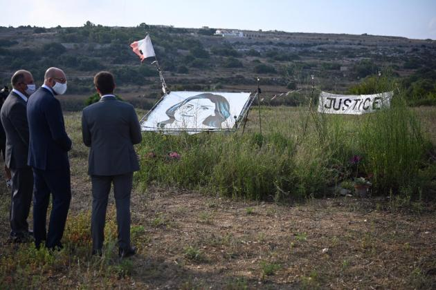 EU council president pays tribute to Daphne Caruana Galizia at murder site