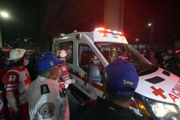 23 dead, dozens hurt as elevated metro collapses in Mexico